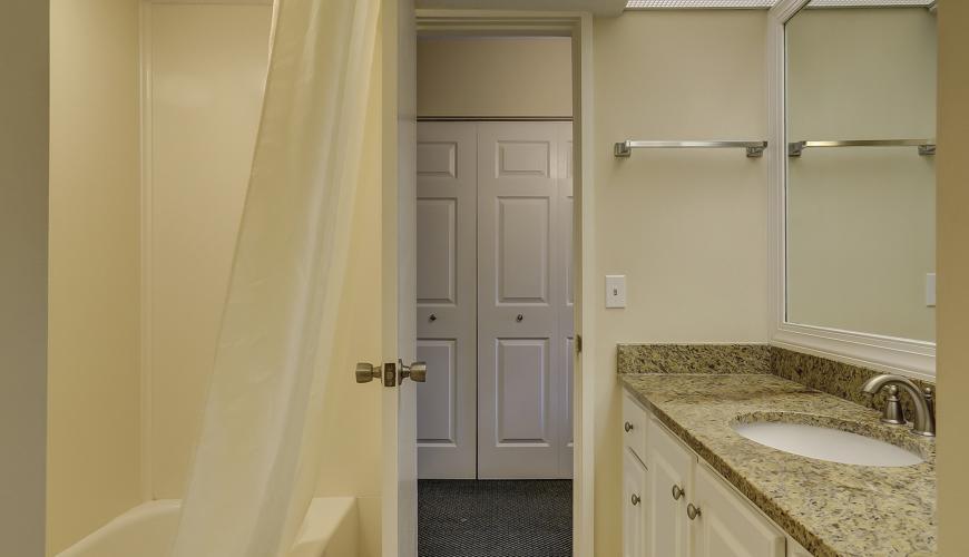 Upstairs Guest Bedroom #3 Private Bathroom
