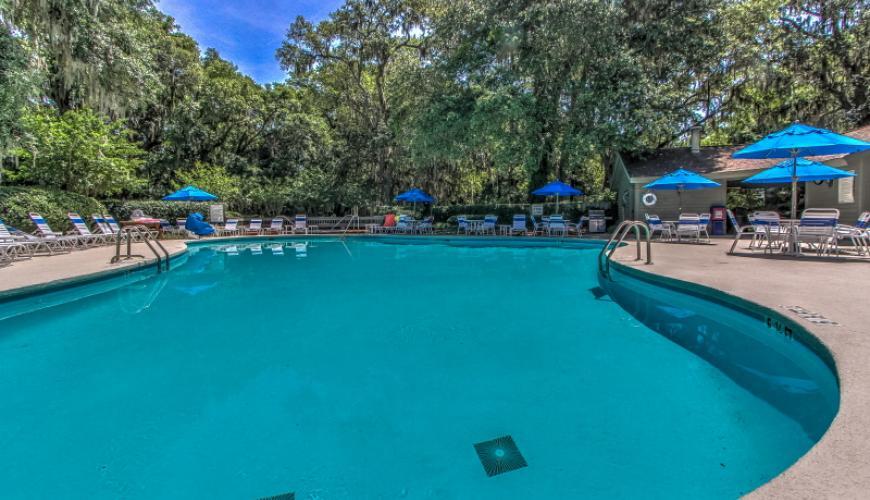 Southwind II Pool area